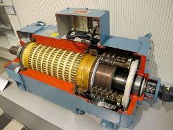 З проханнями провести технічне обслуговування електродвигунів ліфтів до нас  звертались представники комунальних господарств. 5e81608bc4baa
