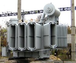 При капітальному ремонті силових трансформаторів в обов язковому порядку  звертають увагу на виявлення пошкоджень магнітопроводов. Якщо із зварних  швів 1f169b661e764