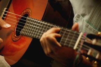 Як вибрати гітару: види, поради для початківців
