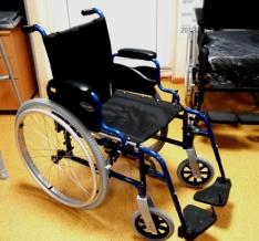 Як вибрати інвалідний візок?