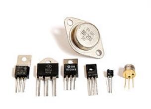 Полевой и биполярный транзистор: преимущества и недостатки