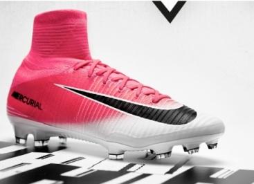Футбольные бутсы Nike — стань ближе к профессиональным футболистам!