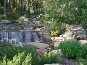 Декоративні штучні водойми - родзинка вашої ділянки