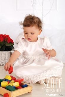 Як правильно вибрати дитячі бальні сукні?