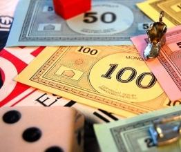 Настільна гра Монополія: цікаве проведення вільного часу для дітей і дорослих