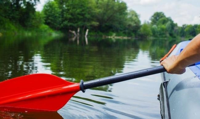 Весла для гумового човна, байдарки та каное: критерії вибору