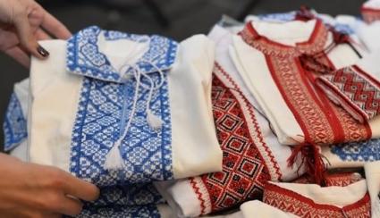 Вишиті сорочки бісером і хрестиком: оберіг на щастя