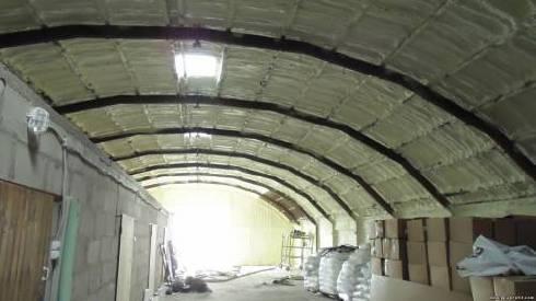 Пенополиуретановая изоляция — лучший вариант утепления для ангаров, складов, овощехранилищ!