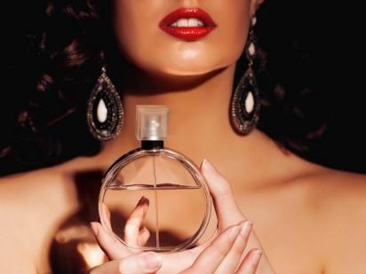 Сладкая власть феромонов: или как выбрать духи с феромонами!
