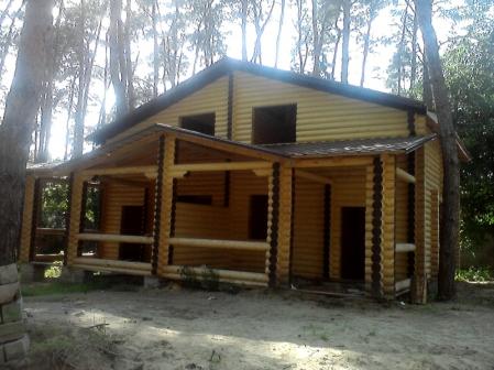 Дерев'яні будинки, альтанки, лазні, гаражі з оциліндрованого брусу