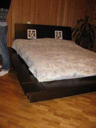 Дерев'яні меблі для спальні та кухні у Рівному