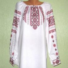 Вышитые женские платья ручной работы - стильно и элегантно