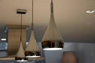Величезний вибір світильників у студії світла