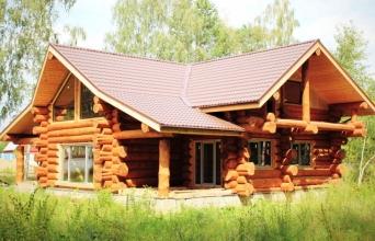 Пропонуємо будівництво дерев'яних будинків з колоди