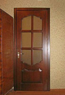Элитные межкомнатные двери из массива дерева