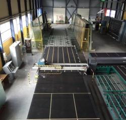 Обладнання для виробництва вікон - лінія різання листового скла Lisec