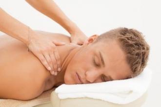 Хороший мануальный терапевт избавит от болей в спине!