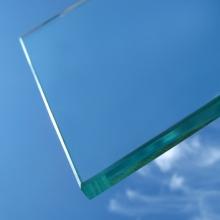 Предлагаем купить оконное стекло