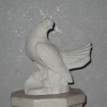 В продаже мраморные скульптуры