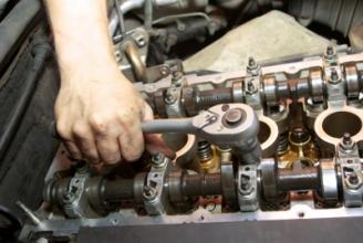 Ремонт двигуна: швидко, якісно, надійно