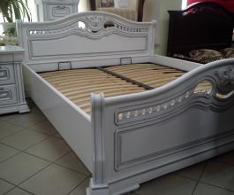 Спальні меблі з дуба на замовлення - натуральність і довговічність