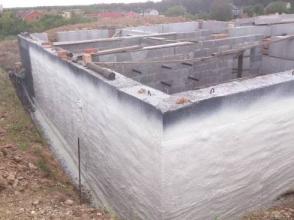 Високоякісна гідроізоляція фундаменту будинку