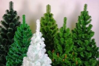 Купите искусственную елку и создайте праздник!