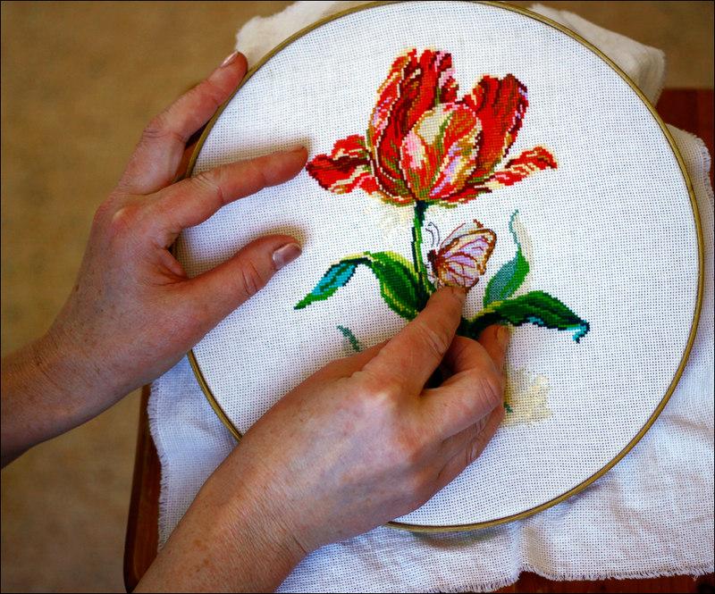 Вышивка нитками руками