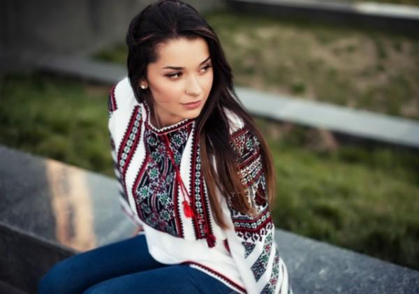 Купити сучасні українські вишиванки