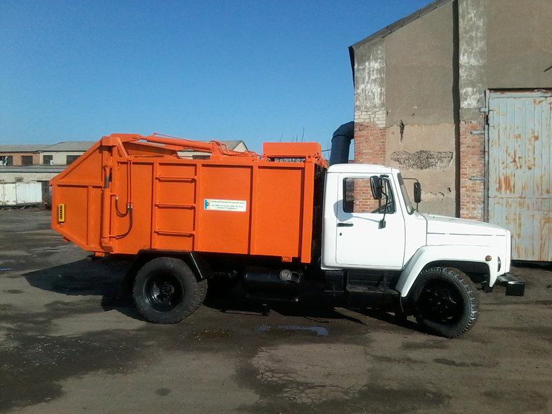 Купити сміттєвоз із заднім завантаженням - високоякісне обладнання
