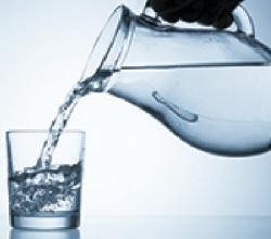 Лечение водой - в наличии бытовые электроактиваторы воды