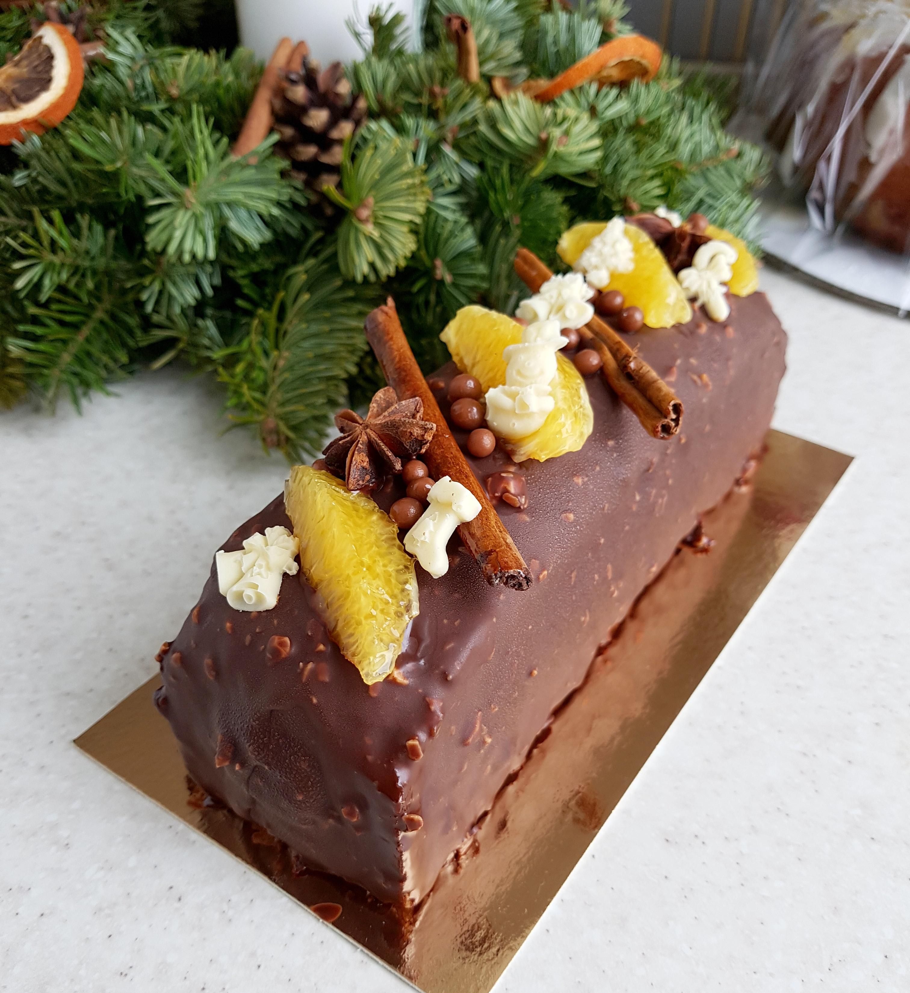 Рождественский кекс штоллен и другая выпечка к празднику на заказ
