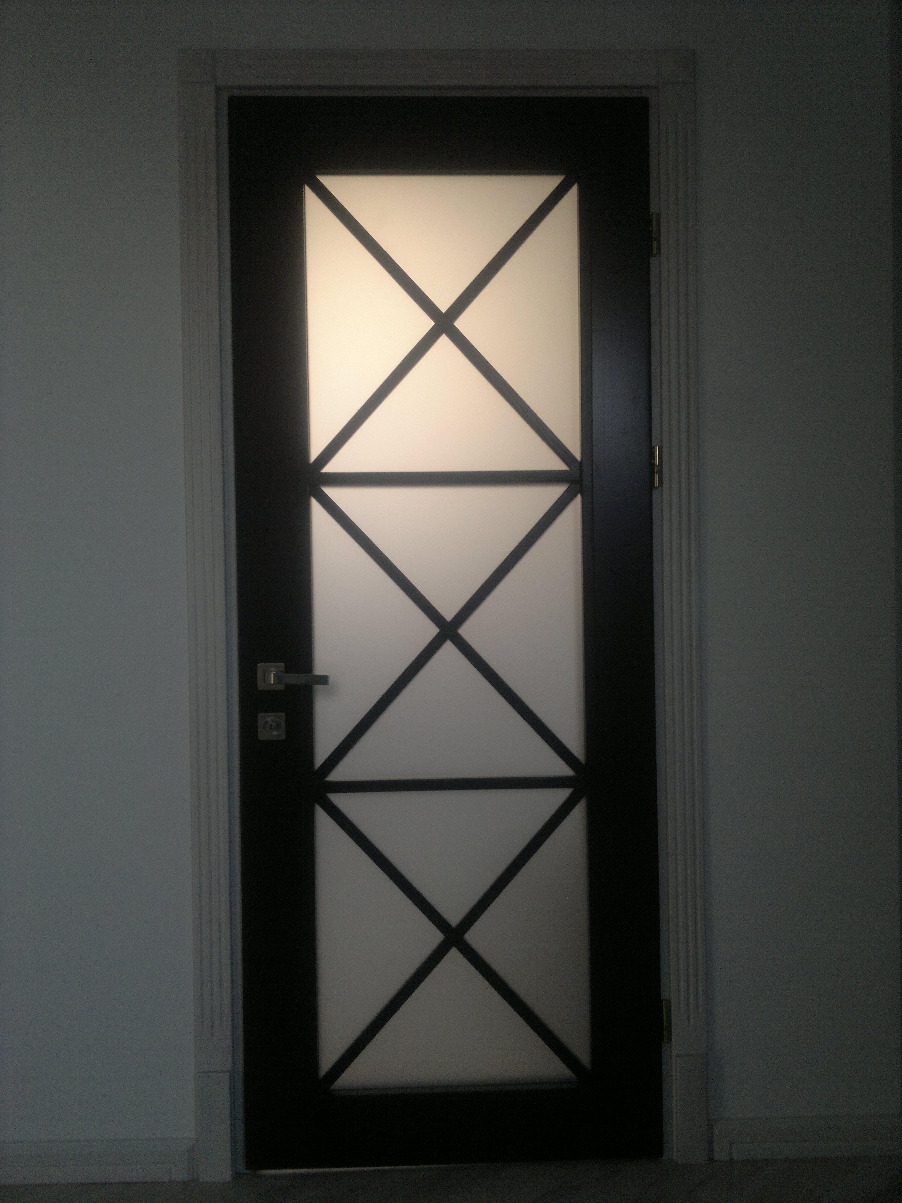 Міжкімнатні дерев'яні двері (зі склом) замовити в інтернет-магазині