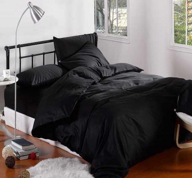 Купити чорну постільну білизну - 100% бавовна