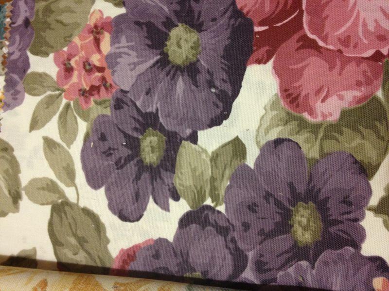 Купити тканину на  штори в квіточку