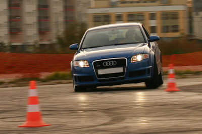 Урок екстремального водіння — автошкола (Луцьк)