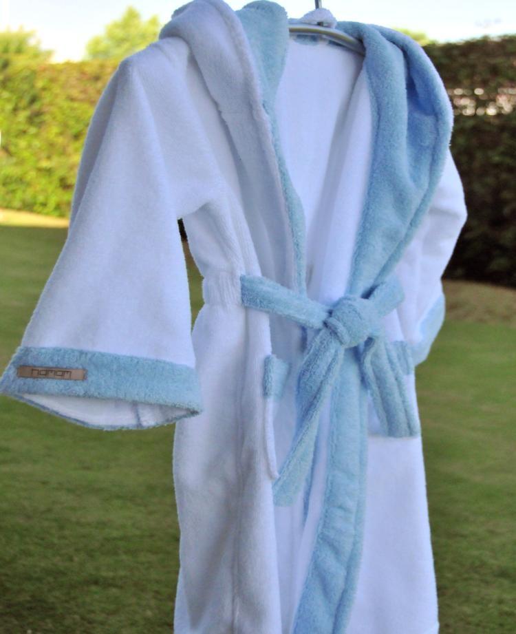 Дитячі халати з антибактеріальним захистом