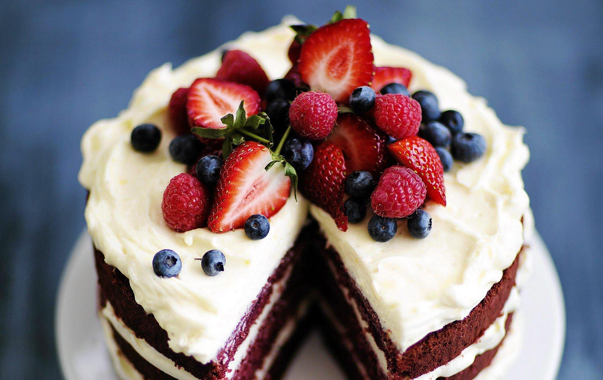 Как приготовить красивый торт своими руками
