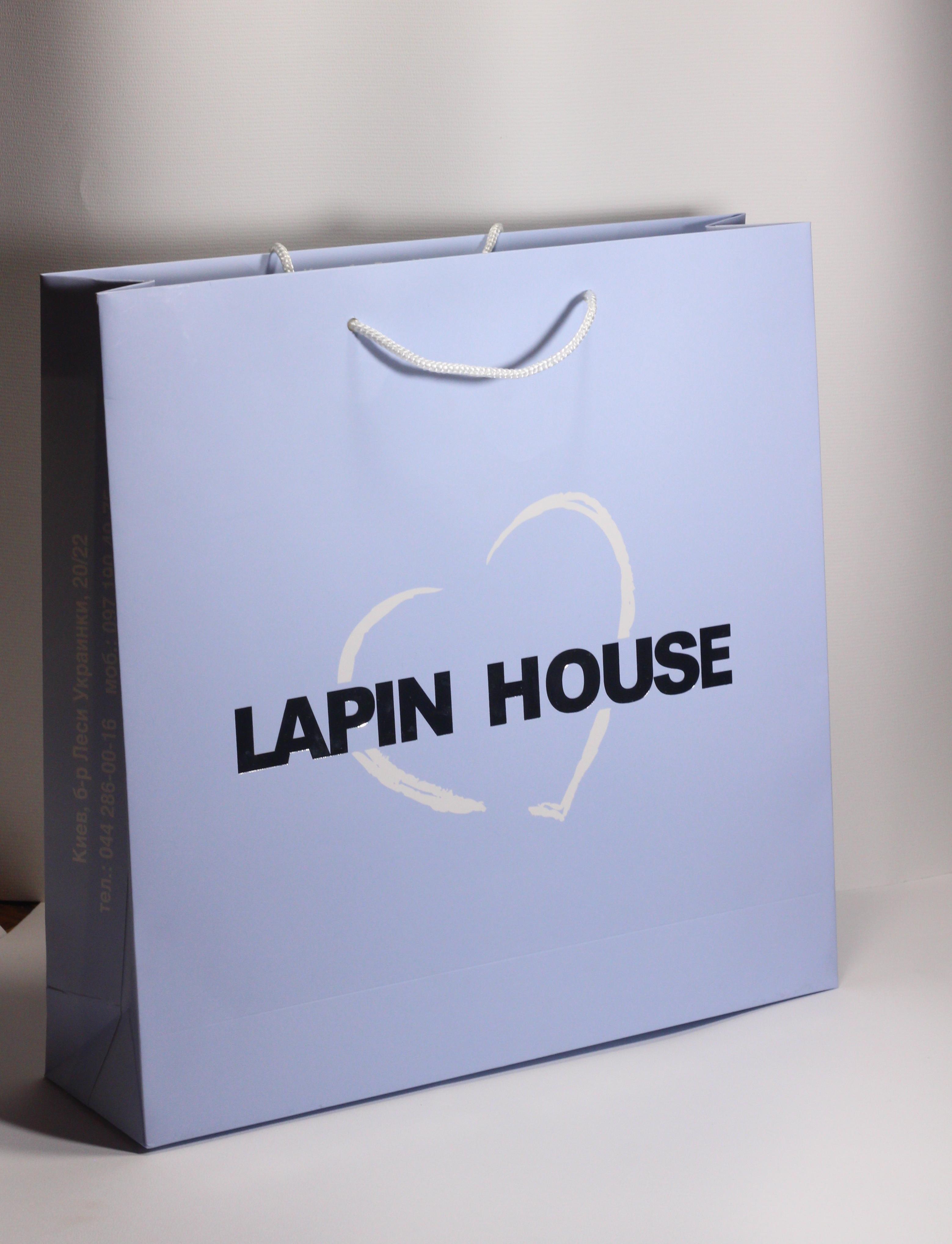Продаєтьсяфірмова упаковка на замовленняоптом