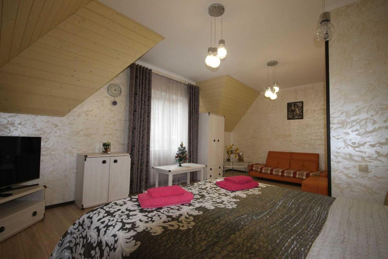 Запрошуємо в апарт-готель Фавар Карпати!