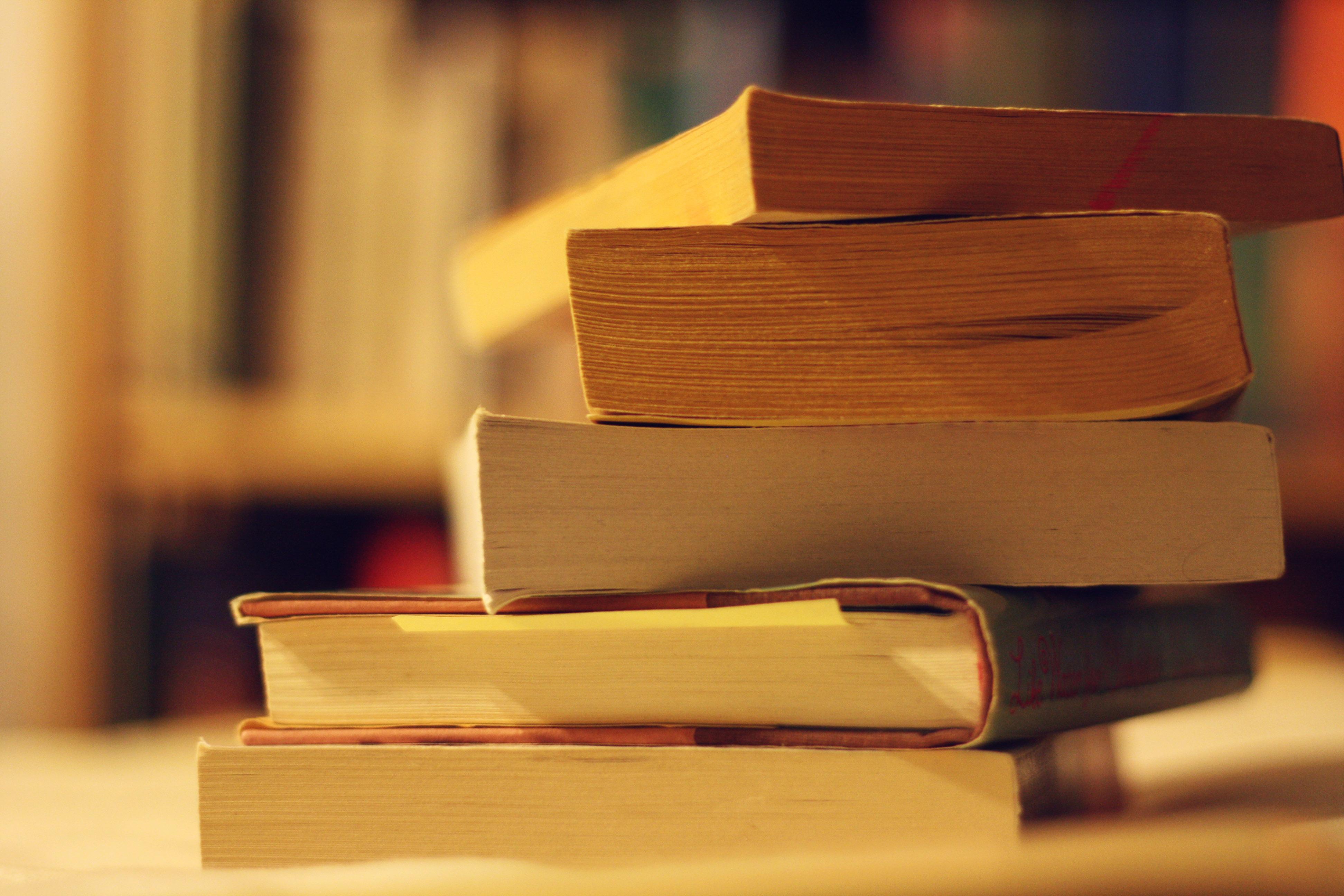 Купуйте онлайн та отримуйте книги поштою
