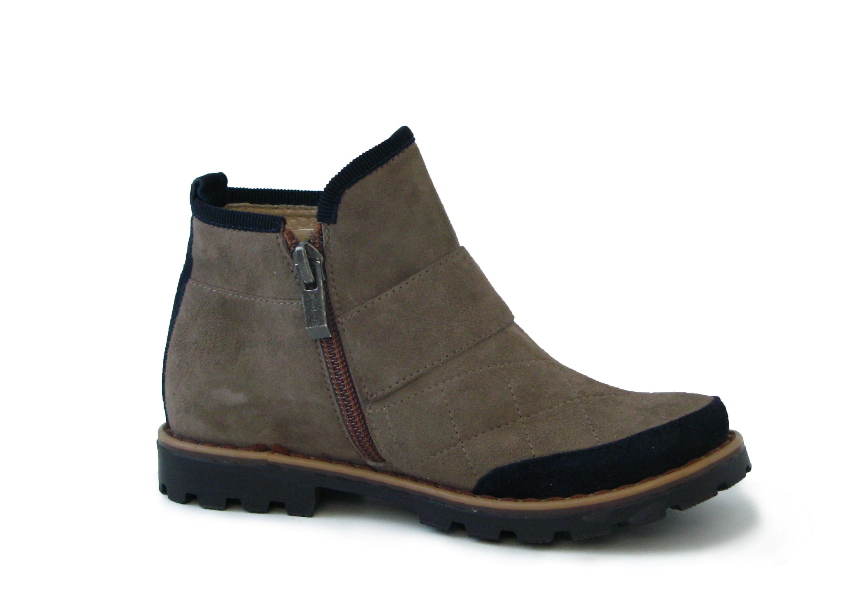 Велюровые ботинки во Львове