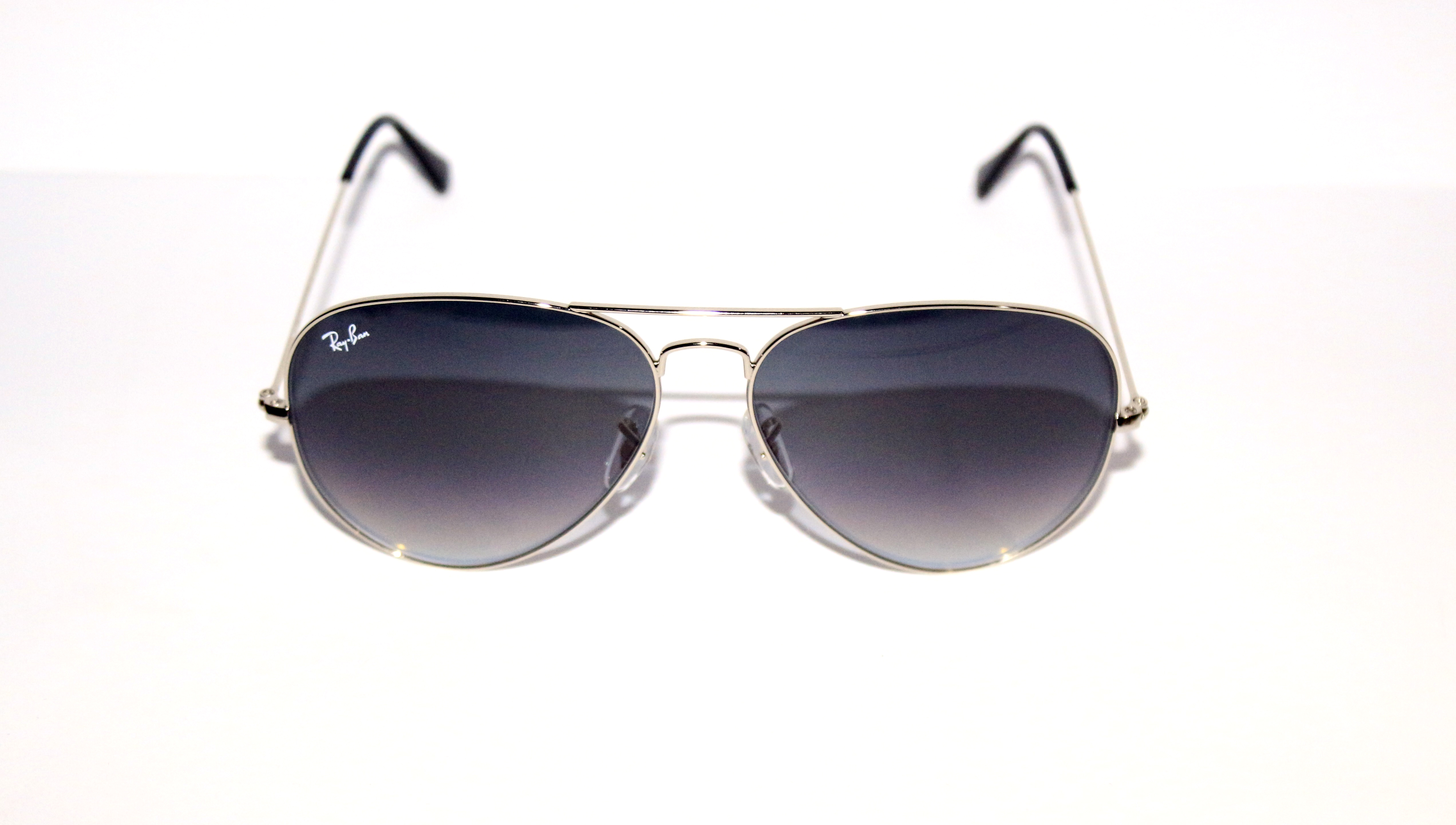 Купити хороші сонцезахисні окуляри Київ недорого - Оголошення - УкрБізнес 412c2a27867eb
