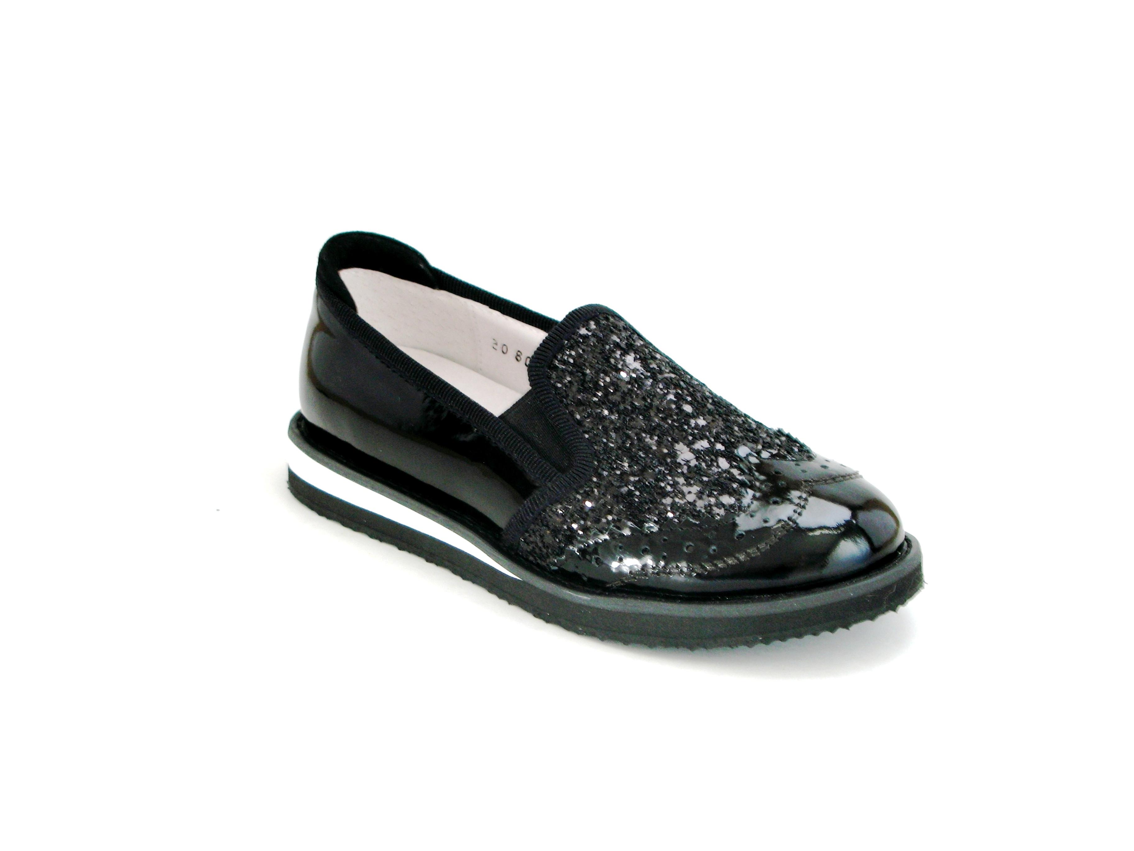 Детская обувь купить дешево на весну