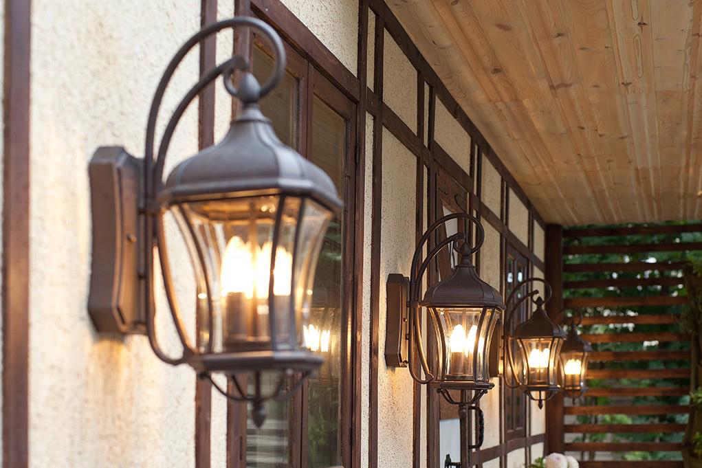 Фасадне освітлення будівель облаштувати допоможе наша компанія!
