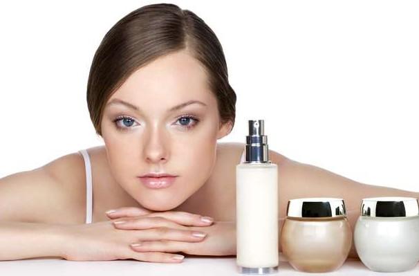 Хороший крем для комбінованої шкіри з натуральними складниками