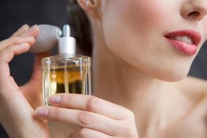 Популярний жіночий парфюм від fon cosmetic