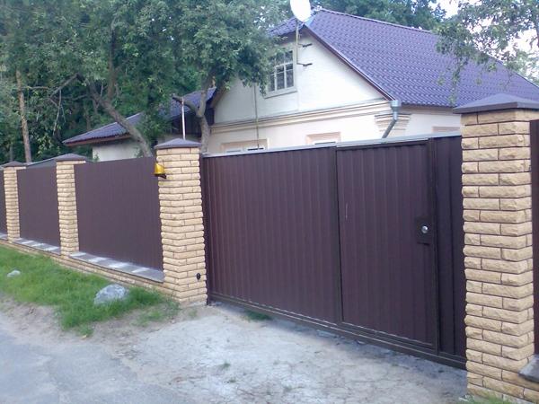 Сдвижные ворота - комфортные и простые в использовании!
