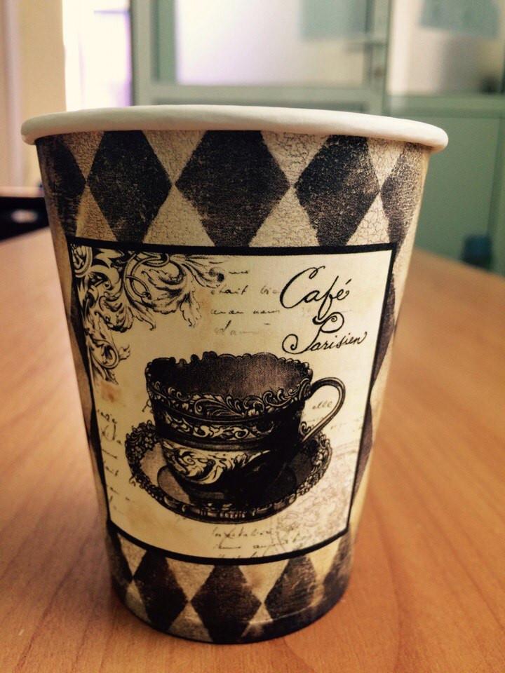 Стаканчики одноразовые для кофе с рисунком