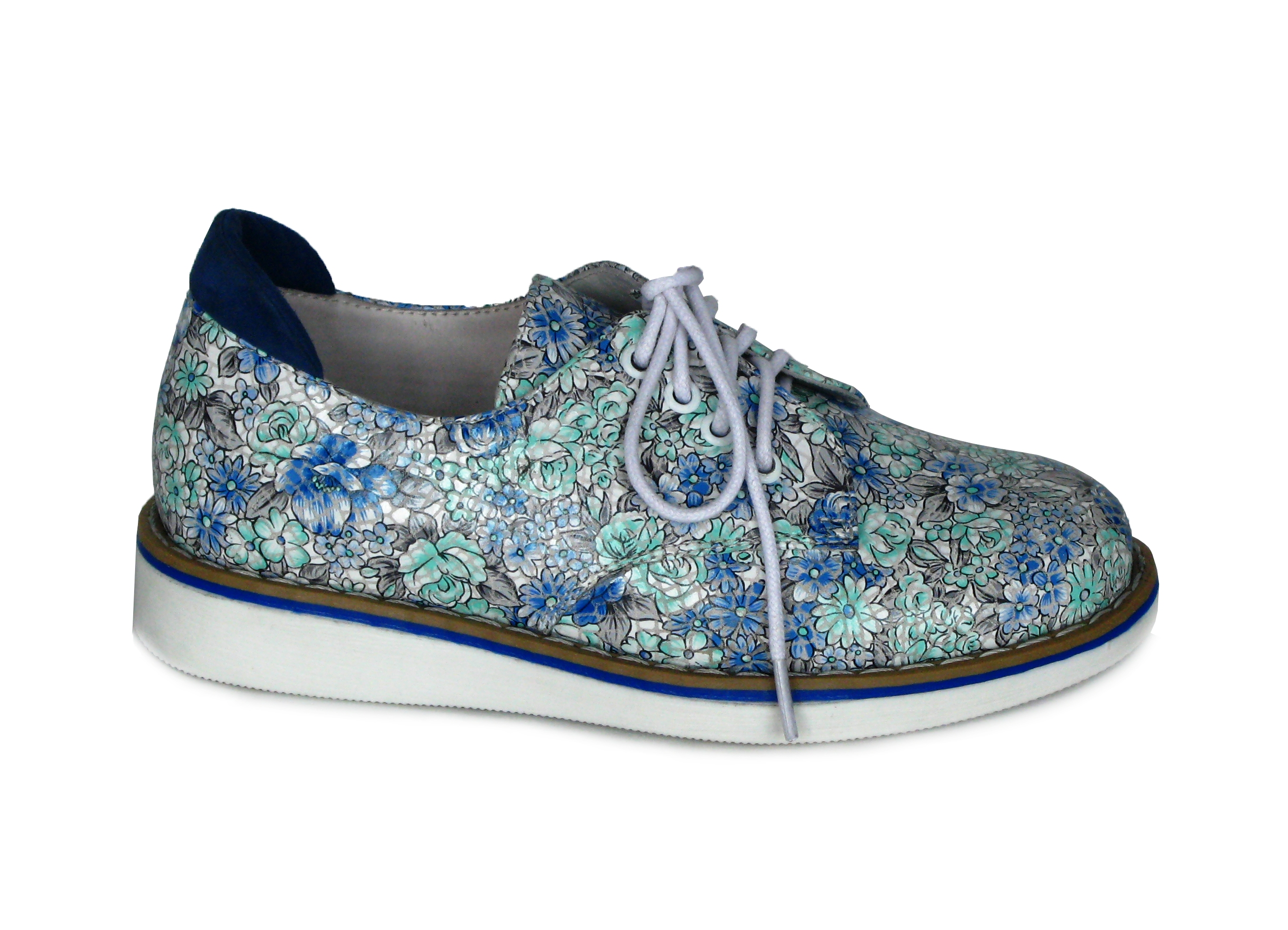 Взуття з принтом у Миколаєві